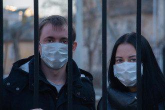 Коронавірус в Україні не досяг піку коли чекати колективного імунітету