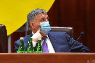 Глава МВС сказав, що в Україні потрібно дозволити вільно розвиватися нашій російській мові