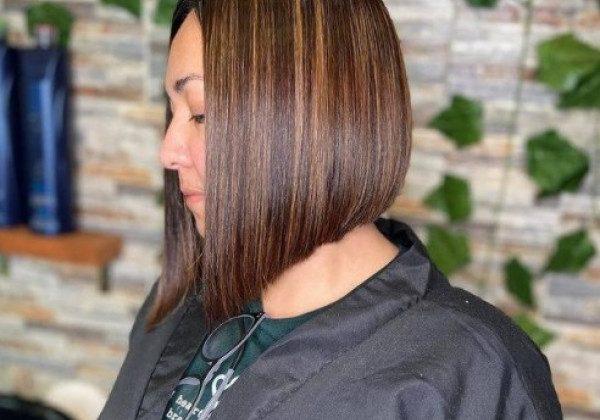 Стрижки на середнє волосся 2021