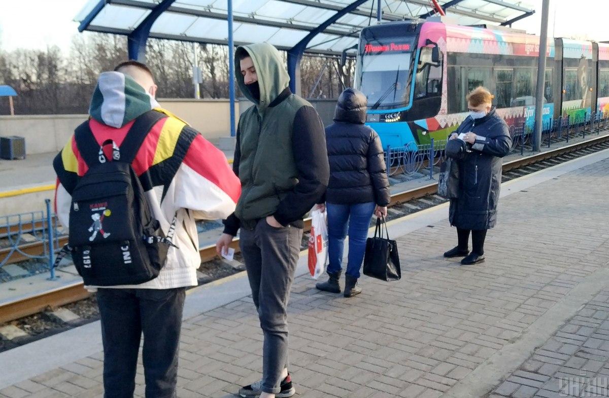 В Киеве не засняли очереди на скоростной трамвай в первый день локдауна
