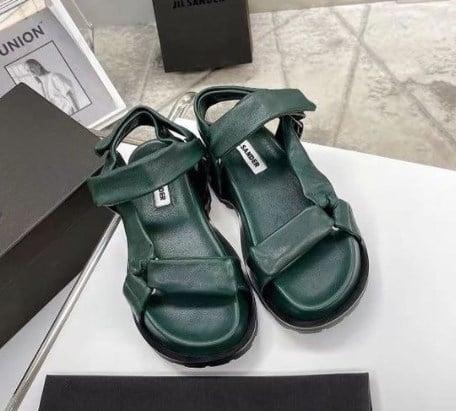 Модні сандалі 2021