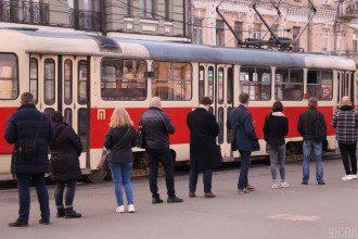 Транспорт в Киеве, очререди, локдаун