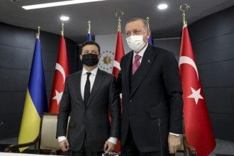 Володимир Зеленський і Реджет Таїп Ердоган на зустрічі в Туреччині 10 квітня 2021 року