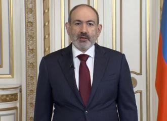Пашинян сказал, что уходит с поста премьера