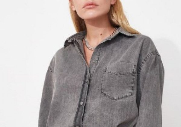 Модні джинсові сорочки 2021