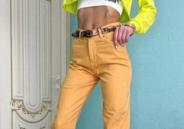Модные цветные джинсы 2021