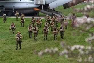 российские венные в Таганроге, военные учения РФ