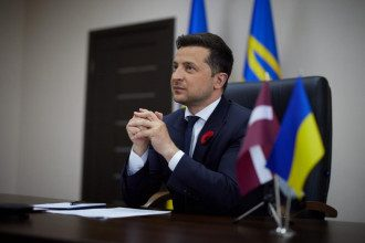Зеленский прокомментировал исправление слов Байдена о членстве Украины в НАТО