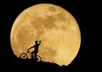 Уже известно, когда новое полнолуние – июнь 2021 почти закончится, и тогда Луна округлится