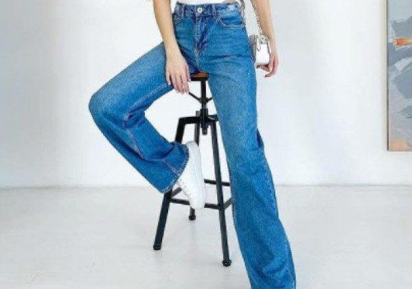 Модні прямі джинси 2021