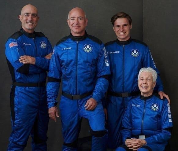 Экипаж New Shepard
