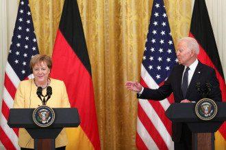 Байден, Меркель