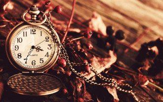 Переведення годинників на зимовий час 2021 Україна