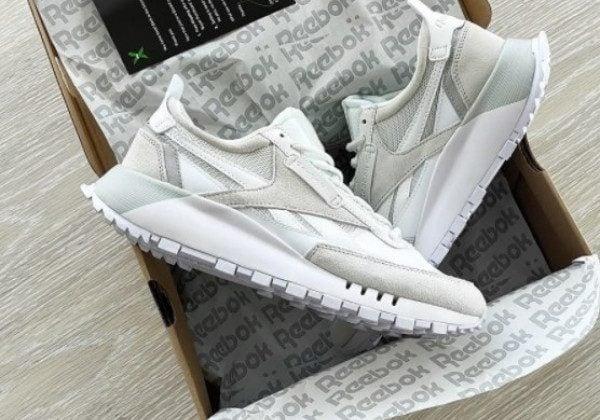 Модні кросівки 2021 жіночі