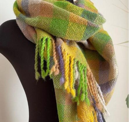 Модні жіночі шарфи 2021-2022